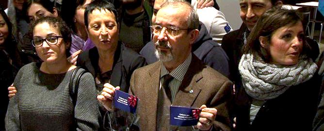 I giovani lavoratori chiedono a Barbagallo di consegnare il carbone a Renzi e Poletti