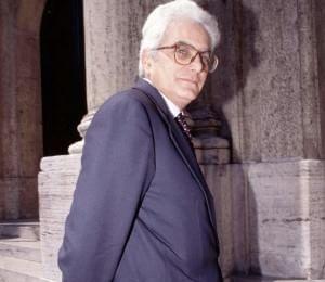 """Mattarella si appresta a comporre la """"squadra"""" al vertice della struttura del Quirinale"""