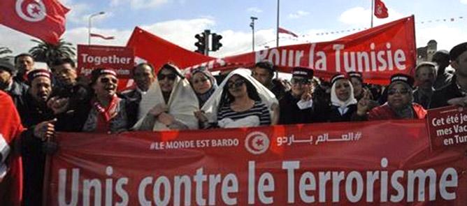 Carcassi: La UIL partecipa alla grande manifestazione di Tunisi contro il terrorismo